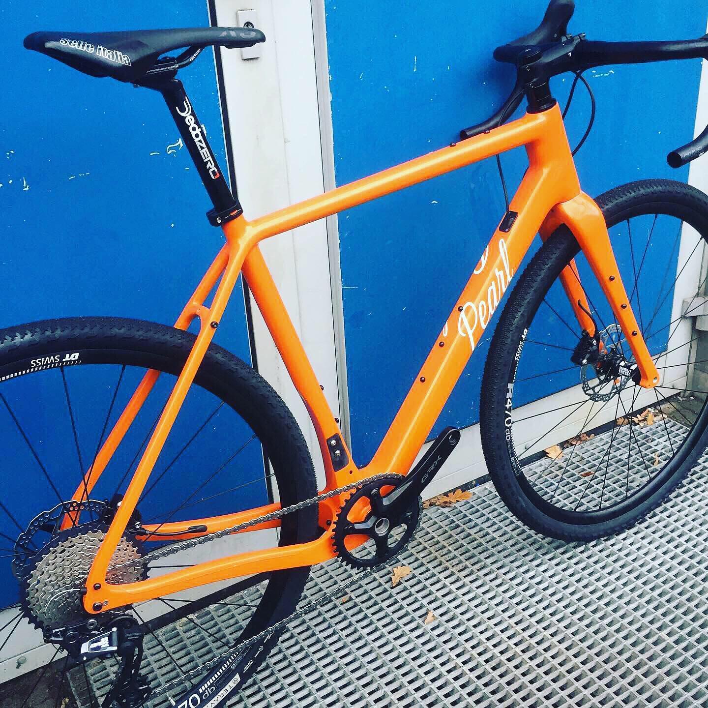 Pearl EVO SL in Electric Orange