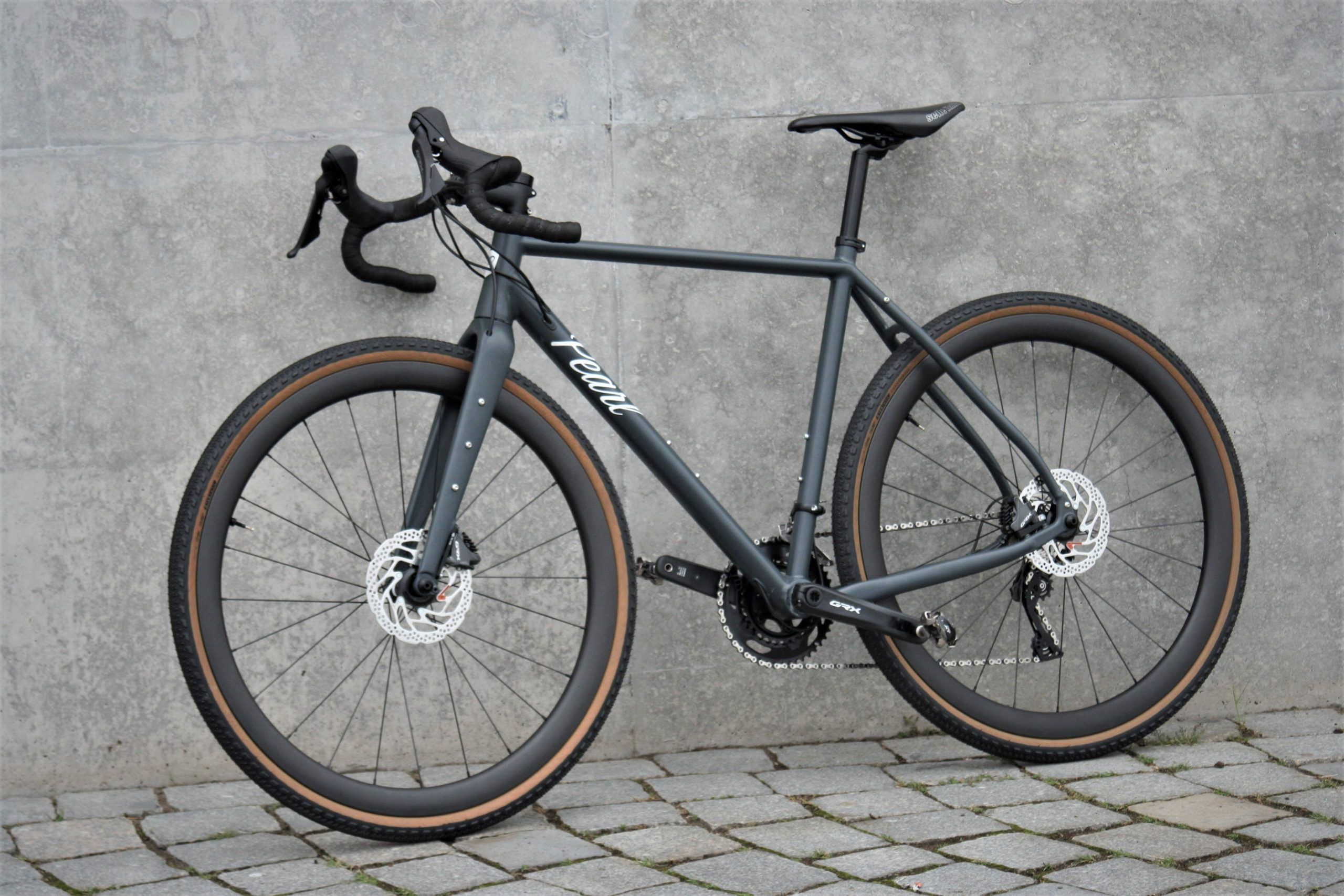 Pearl Gravel AL GRX 810 with Carbon Hoops